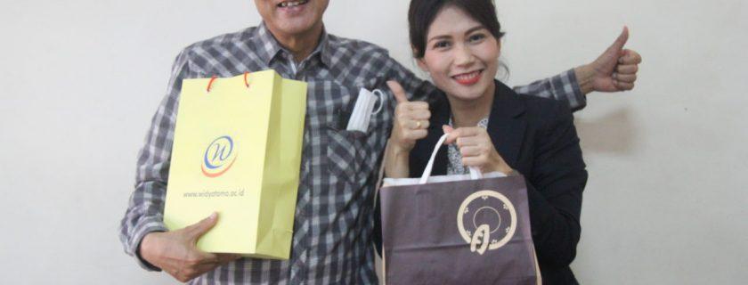 Kerja sama Exchange Cultural Activity dengan Watanabe Shouji Holding Company dan Wata Sunrise Indonesia.